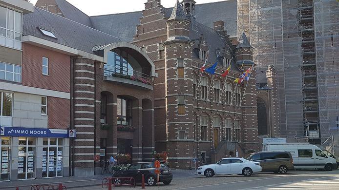 Het stadhuis van Hoogstraten