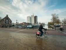 Gloednieuw wijkje in Nijkerk heeft woningen pál naast de haven