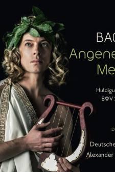Dirigent Alexander Grychtolik weet goed raad met Bachs puzzelstukken
