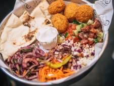 Le fast-food syrien My Tannour offre 999 plats pour fêter l'ouverture de sa nouvelle adresse