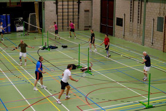Wie wilde badmintonnen, lijndansen of zijn of haar conditie wilde verbeteren tijdens de conditiemix, zou zich normaal op 10 augustus kunnen inschrijven voor de sportcursussen. Dat is nu verschoven naar 1 september.