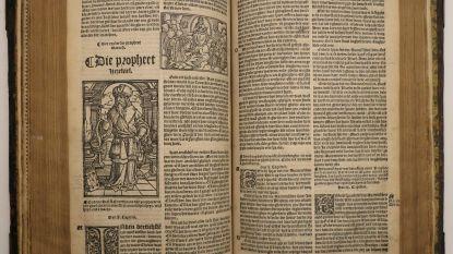 Een bijbel die de drukker het leven kostte of eentje waar zelfs Shakespeare in schreef: veiling van 28 bijbels moet 40.000 euro opleveren