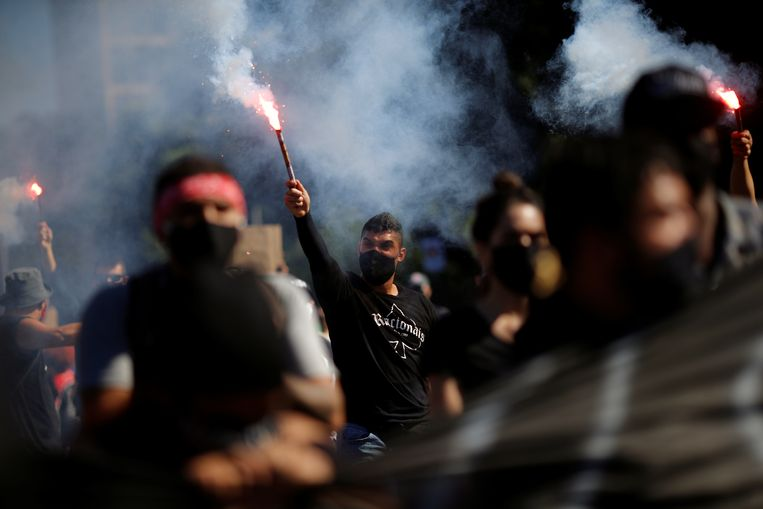 Pro-democratie-protestanten in Brasília zondag. Beeld Reuters