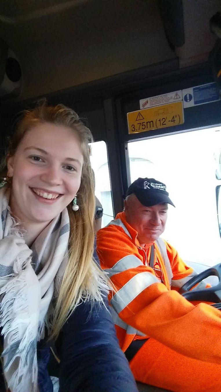 Lisse en de chauffeur van Ilva die haar een lift naar huis gaf.