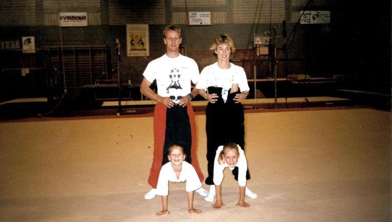 Lieke en Sanne Wevers in 1996. Beeld