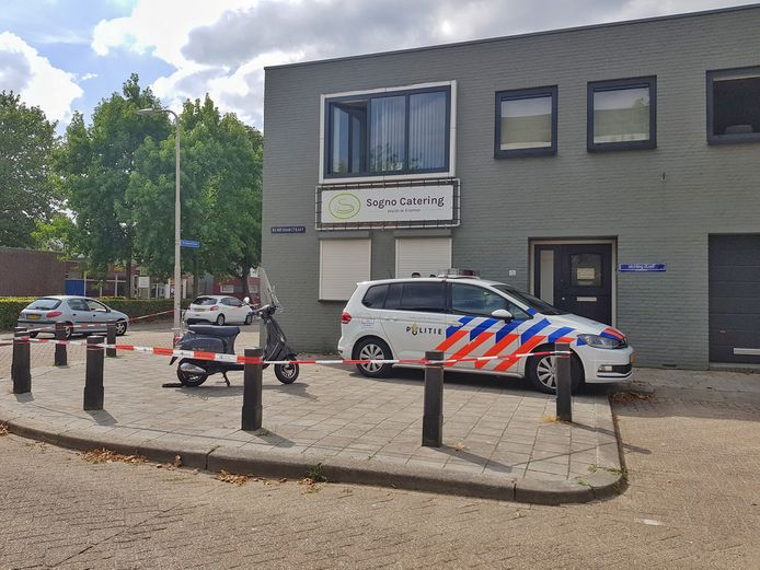 Twee doden gevonden bij iXzelF in Tilburg.