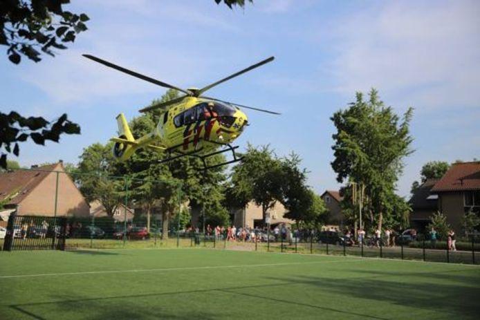 Traumahelikopter ter plaatse.
