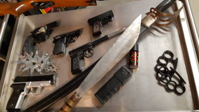 Inleveractie politiebureau Sprang-Capelle succesvol: 'Er zijn 39 wapens ingeleverd'