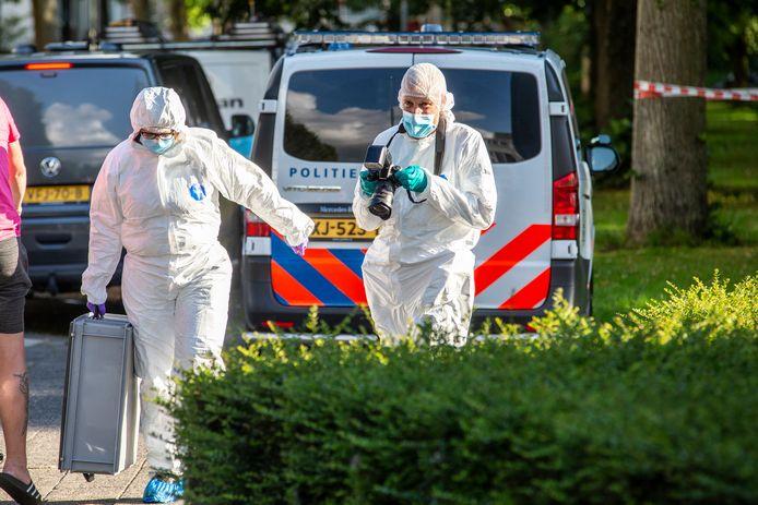 In Zwijndrecht en ook in Rotterdam werd de afgelopen dagen veel forensisch onderzoek gedaan naar de moord op de 29-jarige Manuel Alvarez.