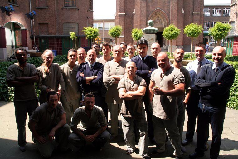 Bajesklant Jacques 'DDT' Vermeire (centraal) met een groep figuranten.
