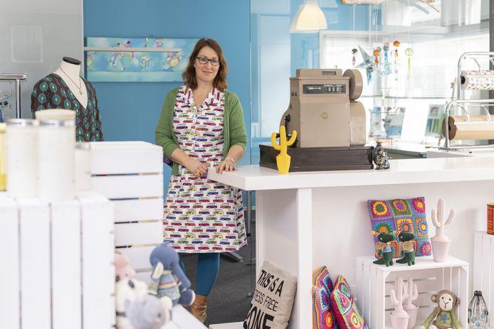 Ilona Schuurman opent een shop-in-shop waar ze ruimte verhuurt voor creatieve workshops en decoratie-artikelen.