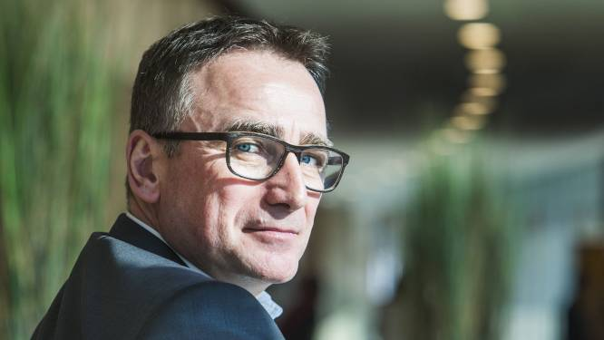 """INTERVIEW. Vaccinspecialist Luc Debruyne: """"Als je geen fouten maakt, ben je te traag"""""""