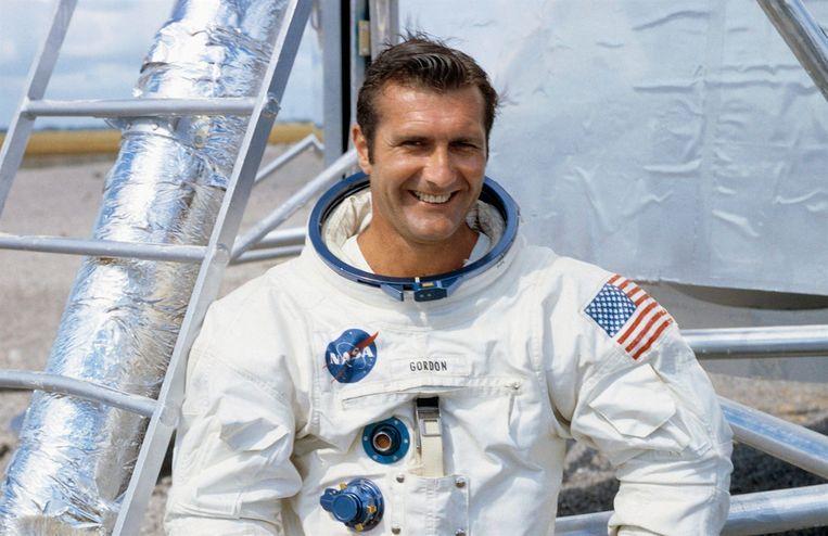 Gordon vloog rond de maan maar landde er niet.
