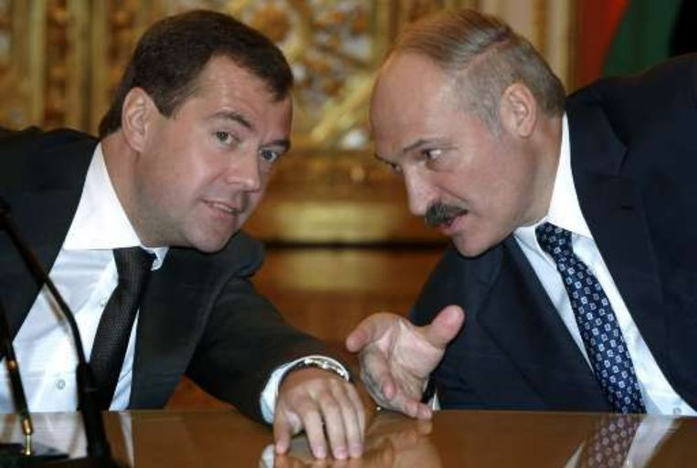 De Russische president Medvedev en de Wit-Russische president Lukashenko bereikten een overeenkomst over een gezamelijk raketschild.