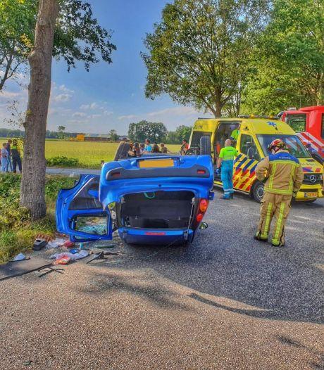 Twee gewonden na aanrijding in Hoogeloon