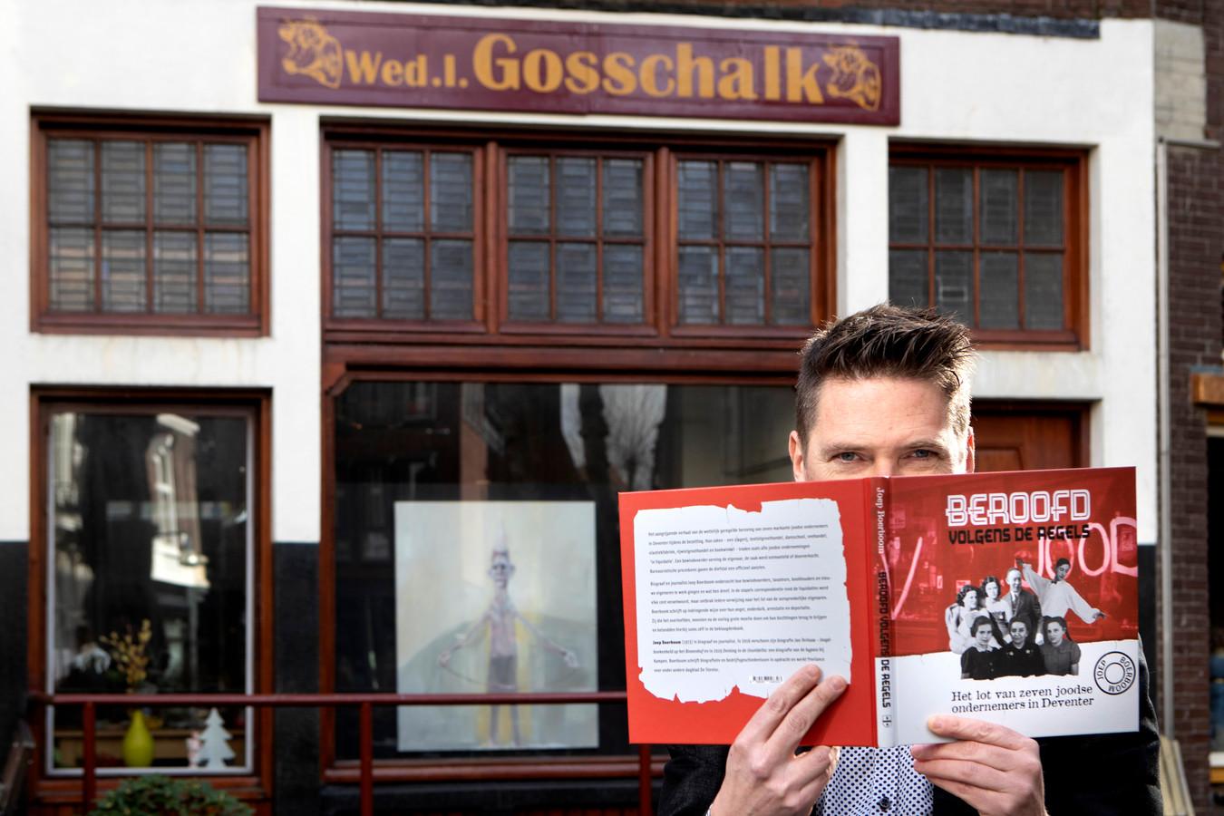 Joep Boerboom vertelt in het boek Beroofd volgens de regels het dramatische verhaal van de joodse slagersfamilie Gosschalk, die een zaak hadden aan de Grote Poot in Deventer.