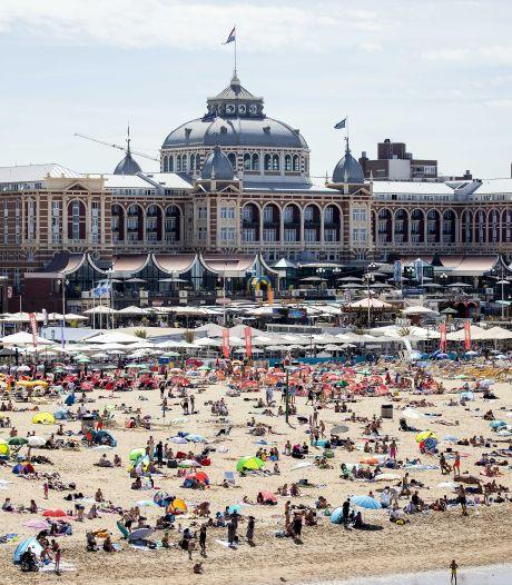 Teruglezen | Stranden overvol, NS waarschuwt: 'Ga op tijd naar huis'