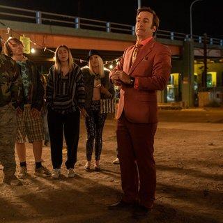 In Better Call Saul 5 laat Saul Goodman eindelijk zijn gezicht zien