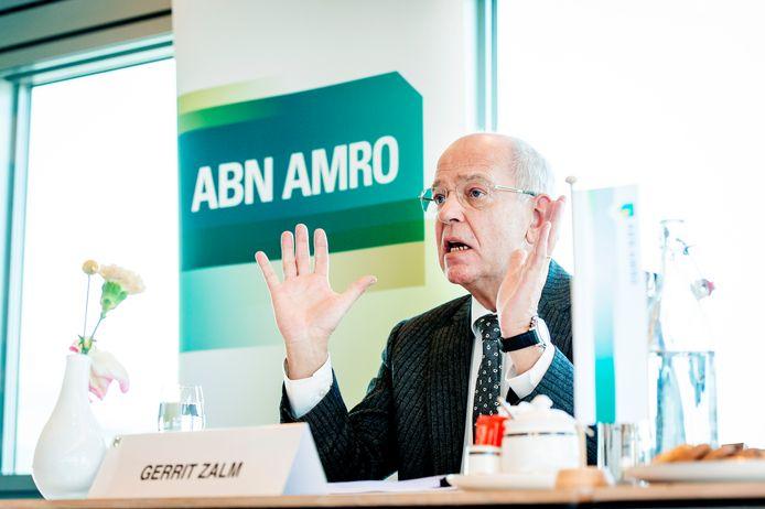 AMSTERDAM - Voormalig topman Gerrit Zalm wordt mogelijk vervolgd voor het falende anti-witwasbeleid van ABN Amro.