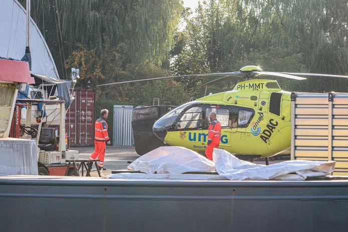 Op een werf aan de Expansie in Marknesse heeft maandagochtend een ernstig ongeval plaatsgevonden.