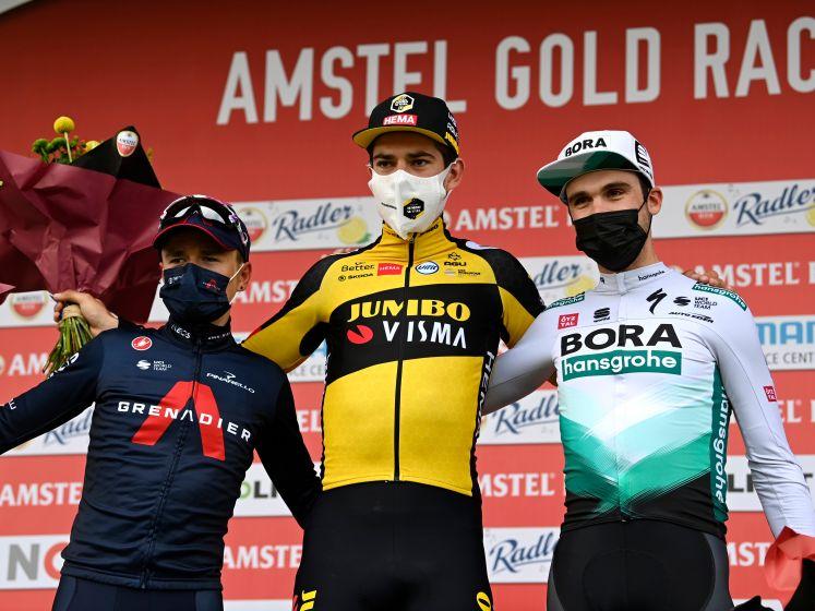 Van Aert wint Amstel Gold Race met 0,004 seconde: 'Ik schrok'
