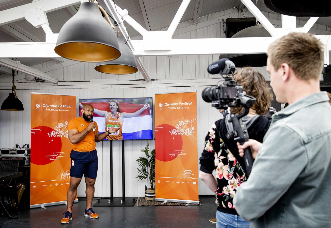 Judoka Roy Meyer presenteerde gisteren het Olympic Festival Tokio 2020 in Scheveningen.