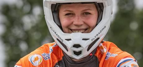 Fietsongeluk, depressie en slepende rugblessure... Niets kan BMX'ster Ruby Huisman (22) uit Hierden stoppen
