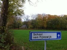 School van Frieswijk in teken van Iran