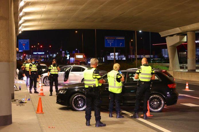 Politiecontrole in Hedel rondom De Groot.