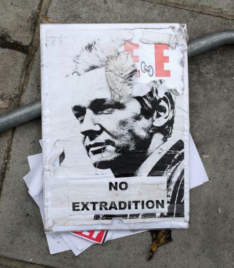 Assange: la justice suédoise ne se rendra pas à Londres