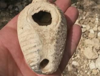 Lamp van 1.400 jaar oud gevonden dankzij egel