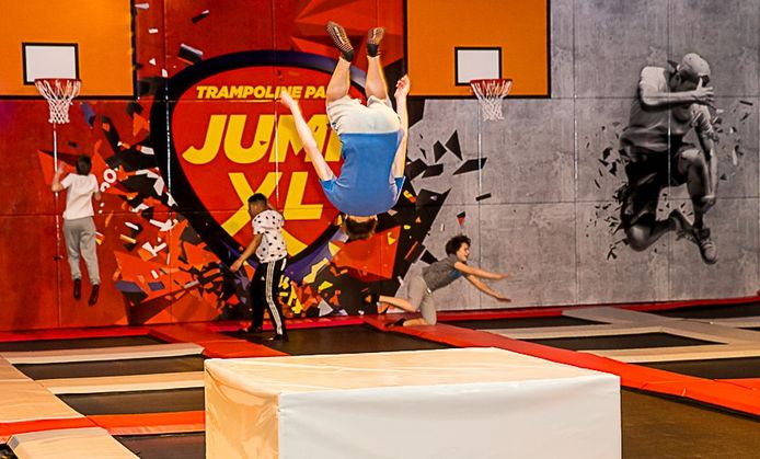 Jump XL maakt in SportArena Oisterwijk plaats voor padelbanen.