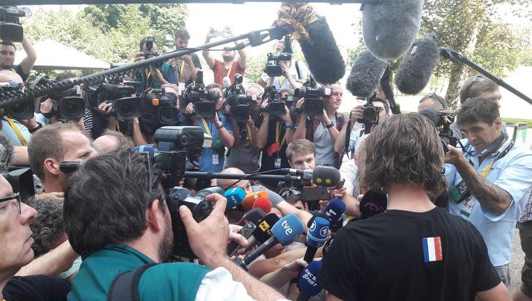 Sagan (zwart T-shirt): 'Oneens met de jury.' Beeld Rob Gollin