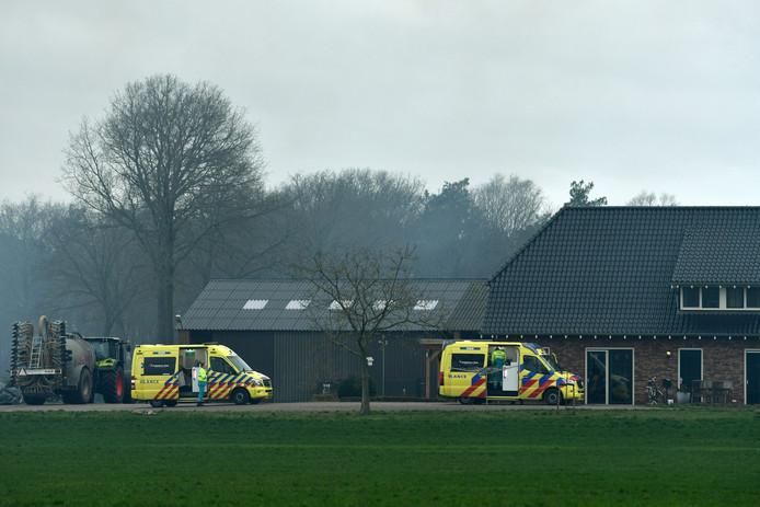 Twee personen werden overgebracht naar het ziekenhuis.