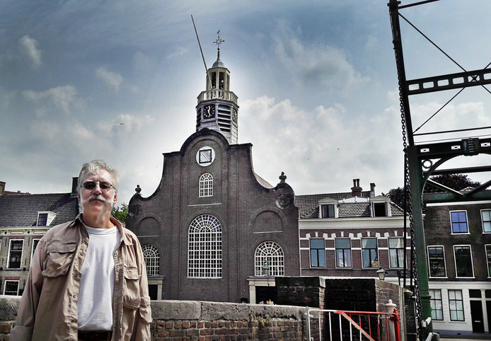 De rijke geschiedenis van de Oude of Pelgrimvaderskerk staat centraal op een expositie in Galerie Aelbrecht aan de Aelbrechtskolk 2 in Historisch Delfshaven. Die is vandaag, morgen en zondag plus de komende weekends geopend van 12.00 tot 17.00 uur te bezoeken.
