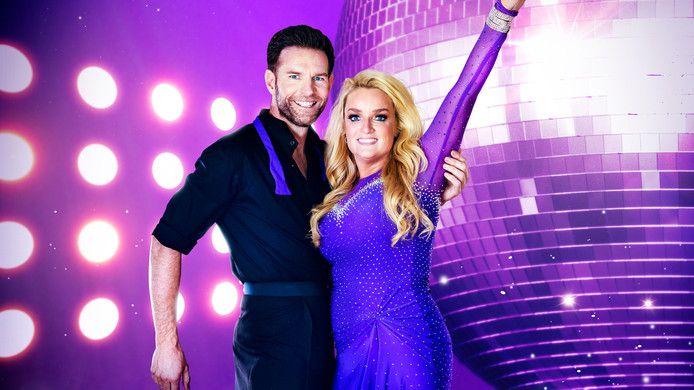 Samantha Steenwijk met haar partner in Dancing with the Stars