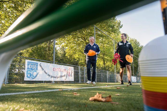 Fysiotherapeut Paul Wijdeven begint in Etten-Leur met een wandelgroep voor mensen met gezondheidsproblemen.
