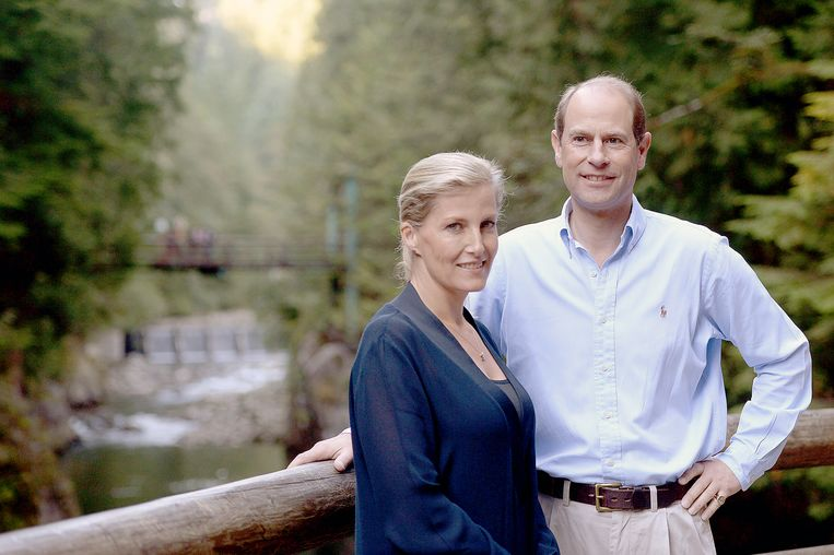 Prins Edward en zijn vrouw Sophie Rhys-Jones  Beeld AP