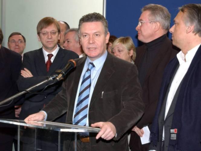 Nu hun zoon en dochter een koppel vormen: kunnen Karel De Gucht en Guy Verhofstadt wel nog door dezelfde deur?