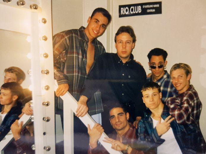 """De Backstreet Boys tijdens hun passage in discotheek Rio. """"Een frietje eten in de frituur om de hoek bleek geen goed idee"""""""