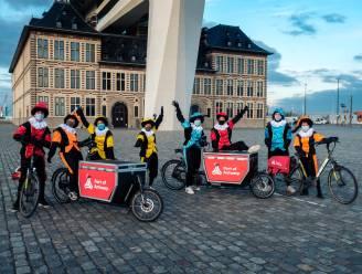 Port of Antwerp stuurt roetpieten op pad om afgelast Sinterklaasfeest goed te maken