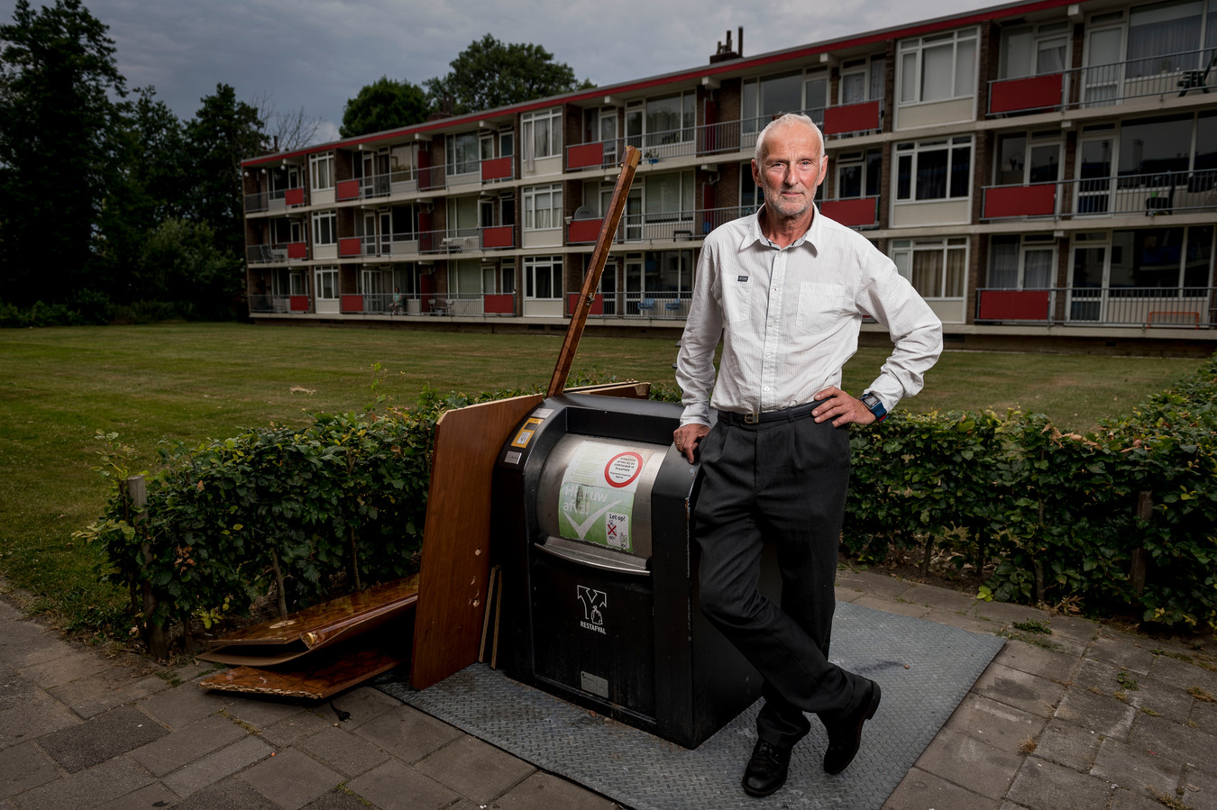 Hengelo heeft bij de afhandeling van klachten van Eddy van Essen enkele steken laten vallen, constateert de Overijsselse Ombudsman.