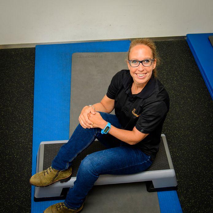 Esther Vos doet mee aan Steptember, een maand durende sponsoractie waarbij mensen met (zoals Esther) en zonder cerebrale parese in beweging komen voor deze aandoening.