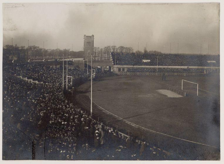 Het Stadion aan de Amstelveenseweg, maart 1918. Even verderop verrees later het Olympisch Stadion. Beeld Collectie Stadsarchief Amsterdam