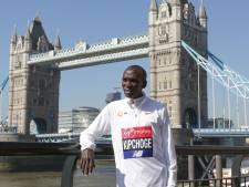 Wereldrecord in Marathon Londen op de tocht door warmte