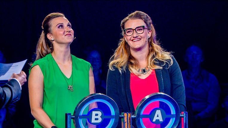 Zussen Charlotte en Karolien wonnen met het VTM-programma 14.000 euro, dat ze voor een groot deel schenken aan Think Pink.