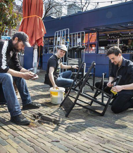 Zorgen om drukte na vroege sluitingstijd terrassen: 'Wij kunnen dat niet handhaven'