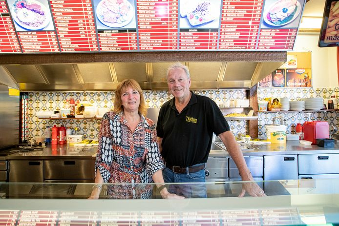 Jan Nekkers en zijn vrouw Gusta stoppen met Cafetaria 't Kokhuus.