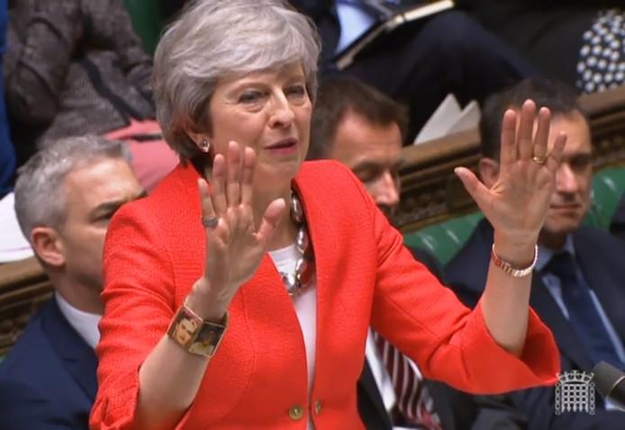 Theresa May debatteert over haar 'brexitdeal' in het Lagerhuis.