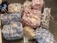 Voor 2 miljoen euro aan MDMA gevonden in auto, man aangehouden in Bergen op Zoom
